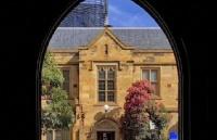西悉尼大学本科怎么申请?