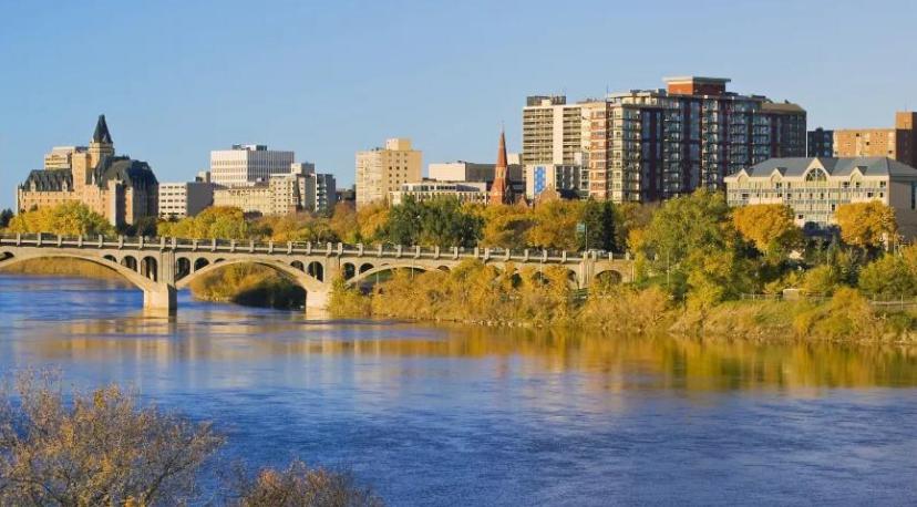 加拿大医博类名校萨省大学专为高中生开通快速录取,还有商科桥梁课程!