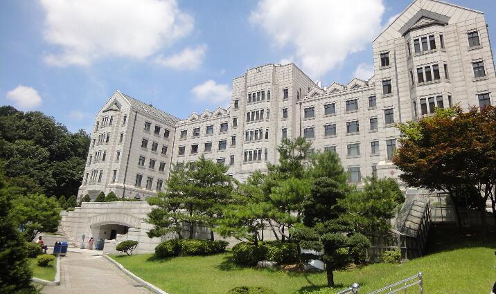 韩国大学紧急宣布将线下授课全面转换为线上授课!