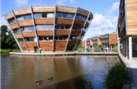在诺丁汉大学马来西亚分校读本科需要多少钱?