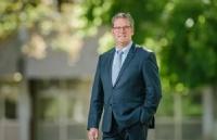 重磅!前内阁部长John McVeigh博士就职南昆士兰大学!