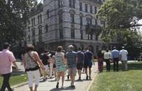 在布朗大学读硕士大约需要多少花费?