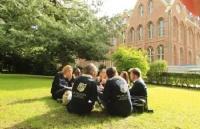 放弃国内高考寻求更好出路,成功录取荷兰伊拉斯姆斯大学!