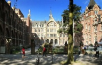 """法国TOP 10最美大学来啦!谁才是真正的""""颜值担当""""?"""