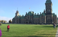 加拿大本科留学的基础条件与材料