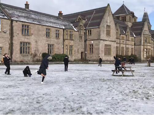 2020英国最难进大学排名,苏格兰大学的要求真的裂开了