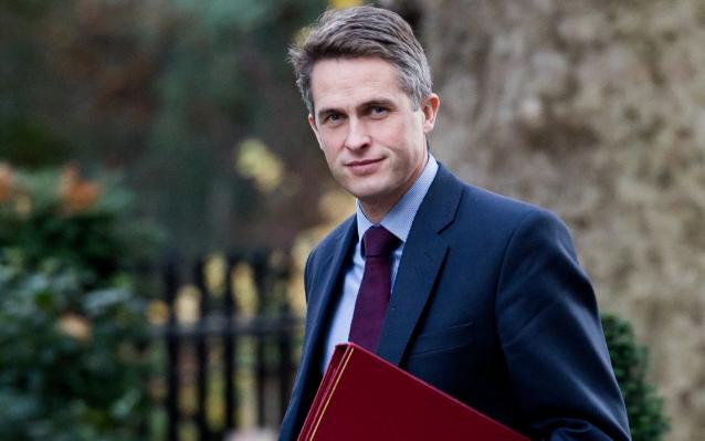 英国教育部公布:2021大学学费新规,降低录取标准!