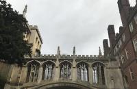 【英国留学】如何在学术期刊上发表论文呢?应注意些什么呢?