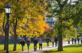 多所美国大学表示21年重开秋季校园,扩大面授课!