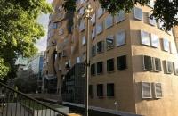 中央昆士兰大学研究生学费一年大概多少?