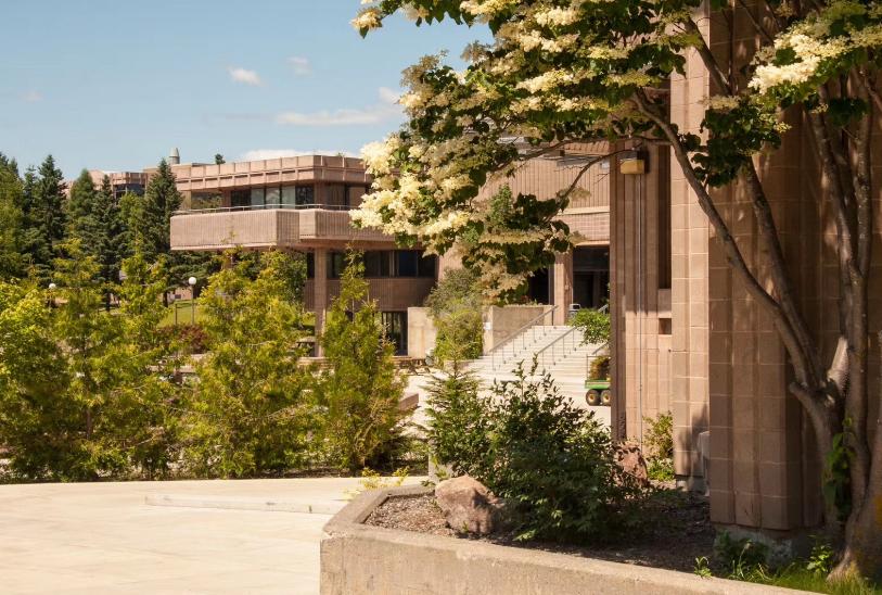 湖首大学地质学VS考古学:探索地球发展和人类演化的奥秘