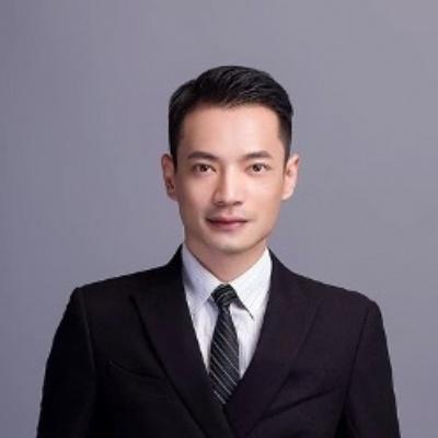 业务总监 龙斌老师