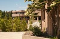 湖首大学申请难度怎么样?