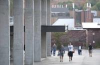 想考尼皮辛大学难吗?