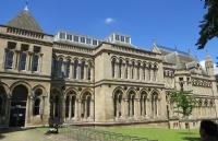 【英国留学】快来看看你的英国大学今年多少岁了?