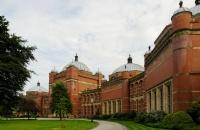 格罗斯泰斯特主教大学很难进吗?
