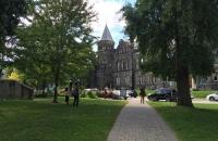 高考生看过来!加拿大可接受高考成绩的大学在这里!