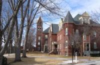 高考成绩多少才能上美国这些大学?