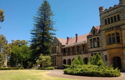考研失败,转战留学,双非学子逆袭澳洲八大!