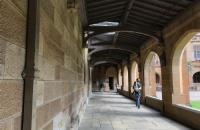 准备去斯威本科技大学读书,每月消费大概多少?