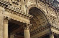 去牛津大学留学大约需要多少费用?