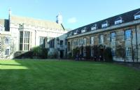在剑桥大学读书一年究竟要花多少钱?