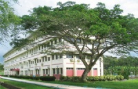 努力点可以考上马来西亚博特拉大学吗?