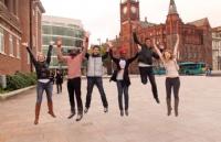 如何看待爱丁堡玛格丽特女王大学的中国本科生?