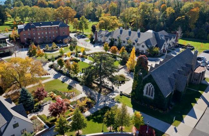 2022年加拿大大学申请已拉开帷幕!盘点名校秋季入学申请时间!
