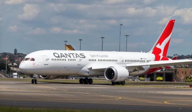 澳航重磅官宣12月重启国际航班!移民局更新留学生返澳计划!