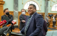 新西兰移民局重磅推出了一次性居民身份签证,16.5万人将受益