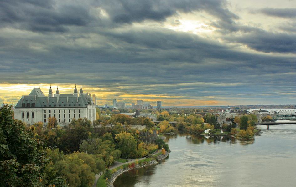 加拿大留学费用上涨30%,留学生为什么还是那么多?