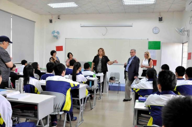 维多利亚国际高中项目