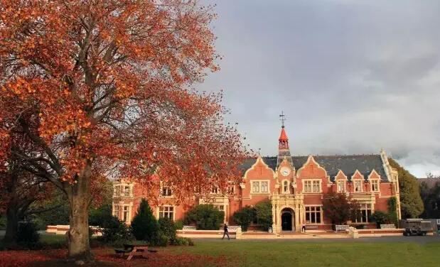 新西兰林肯大学本科费用