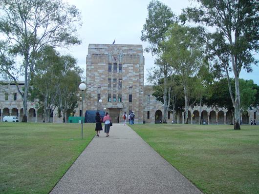 双非大二女生成功转学悉尼大学金融本科