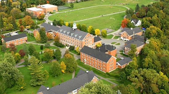 史坦斯岱中学――毕业生遍布北美常青藤盟校