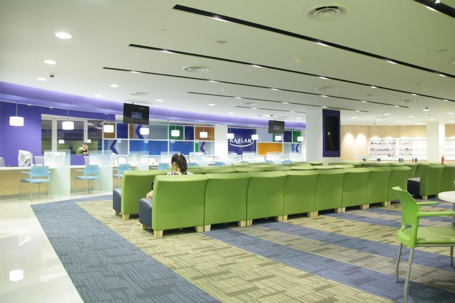 新加坡楷博金融学院招生主任到访立思辰留学360上海总部,分享最新课程信息