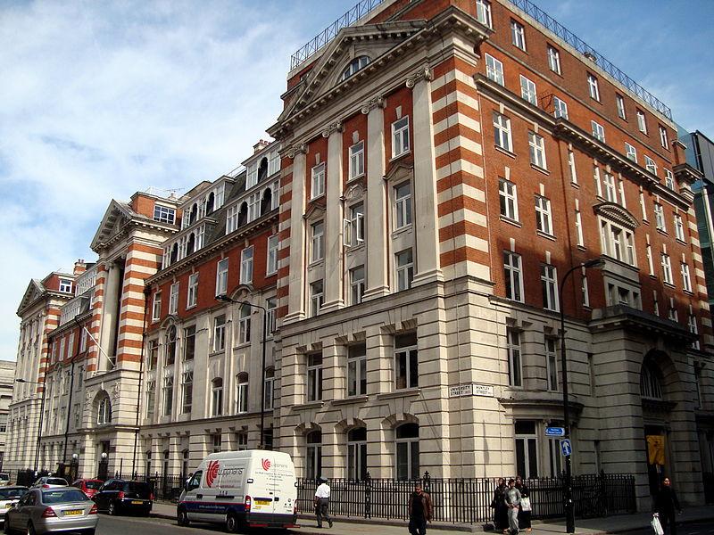 伦敦大学学院校园风景