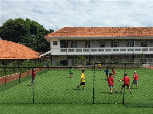 新加坡HWA国际学校学费贵吗