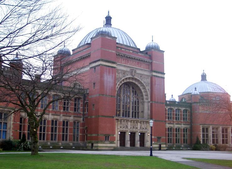 伯明翰大学哪些专业比较强,商学院接受双非学生吗?