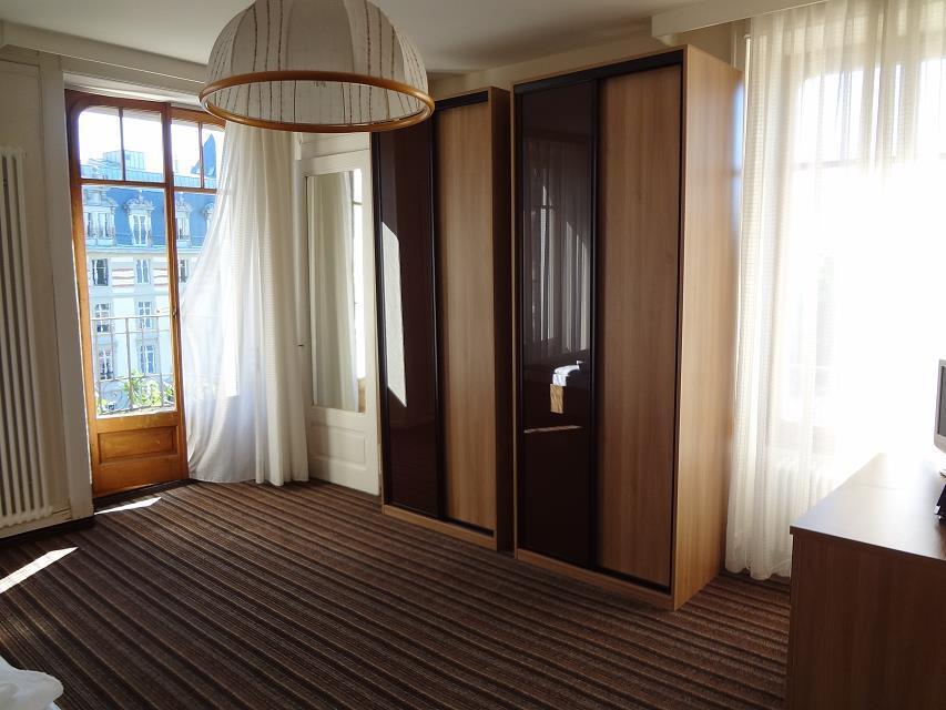 瑞士蒙特勒酒店工商管理大学本科硕士入学要求解析