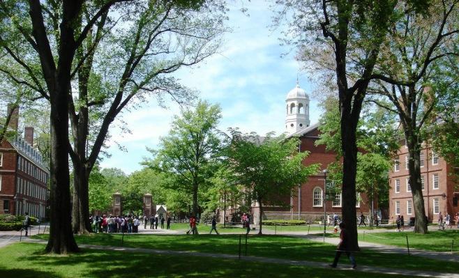 又一所美国大学因涉嫌歧视被诉讼,还是公立的!