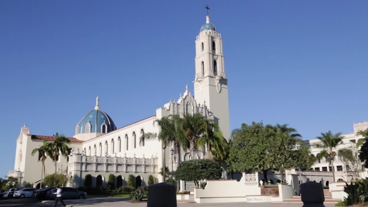加州圣地亚哥大学排名