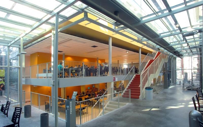 鹿特丹应用技术大学