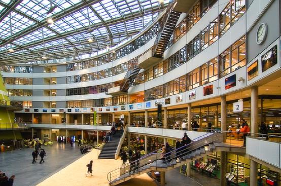教育设施完善,师资力量一流――尽在荷兰海牙大学