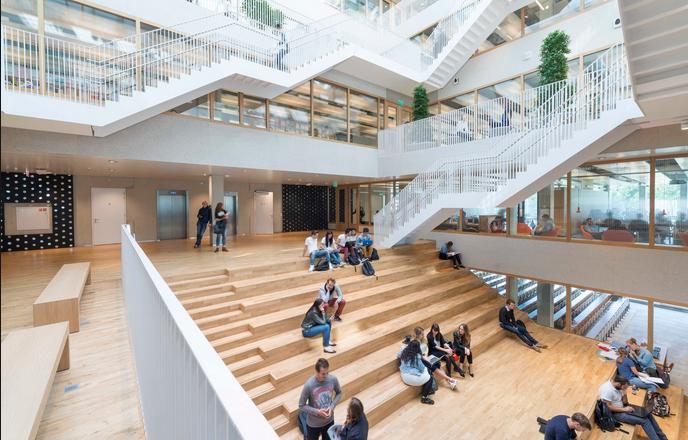 享誉世界的顶尖学府:鹿特丹伊拉斯姆斯大学