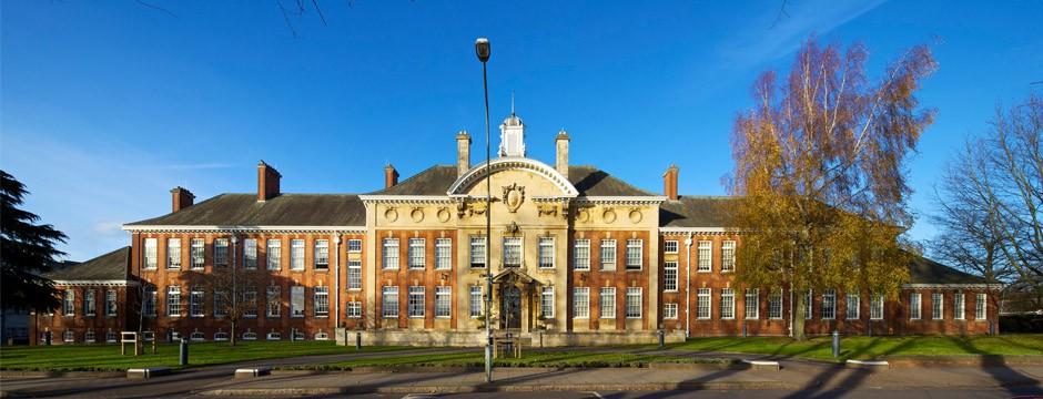 还记得!英国有所这么优秀的北安普顿大学在等你!
