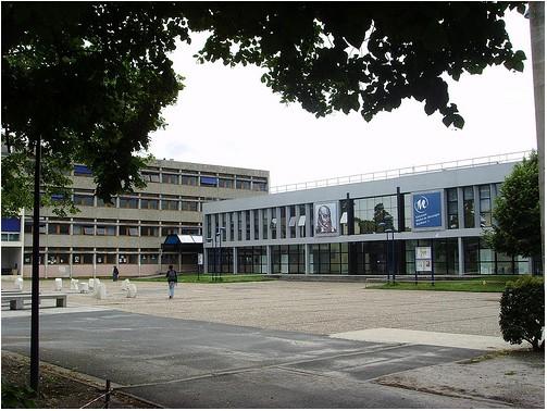 波尔多第三大学