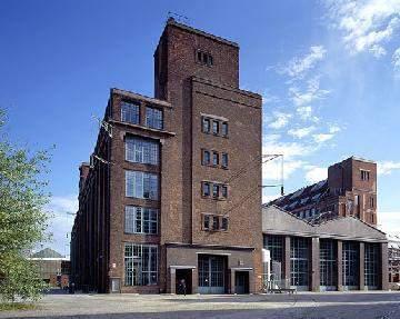 祝贺胡同学接到德国柏林工业大学的offer