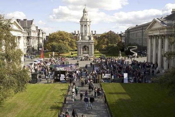 英国有牛津剑桥,爱尔兰有同样优秀的都柏林大学圣三一学院